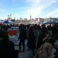 Foto scattata a Brooklyn Flea - Williamsburg da Jackie B. il 4/8/2012