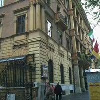 Foto scattata a Hotel Ambasciatori Palace da Marina M. il 4/15/2012