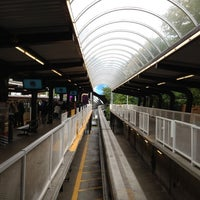 Foto tirada no(a) Seattle Center Station - Seattle Center Monorail por SNOCRU em 7/3/2012