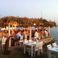 6/30/2012 tarihinde Erdem T.ziyaretçi tarafından Gümüşcafe Restaurant'de çekilen fotoğraf