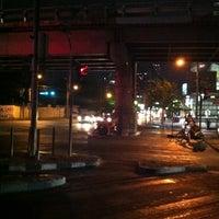 Photo taken at Car Park / Parking (ที่จอดรถ) by Itsara K. on 7/2/2012