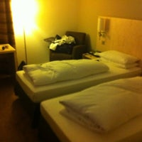 Photo taken at Park Inn by Radisson Düsseldorf Süd by Basilius v. on 4/20/2012