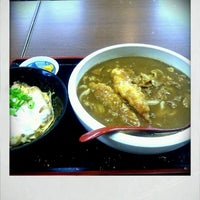 Photo taken at 鳴門うどん 荒木店 by GATTACA on 2/22/2012