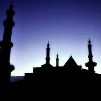 Photo taken at Masjid Raya At Taqwa Kota Cirebon by Taufieq L. on 9/6/2012