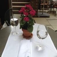 4/20/2012にGenevieve A.がThe Crosby Barで撮った写真