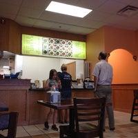 Снимок сделан в Moe's Southwest Grill пользователем Steve H. 5/1/2012