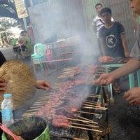Photo taken at Larsian sa Fuente by Jhan S. on 5/10/2012