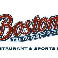 Photo taken at Boston's by Omar C. on 8/3/2012