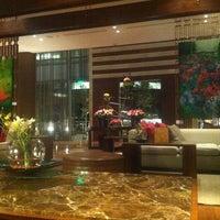 Foto tomada en JW Marriott Hotel Bogota por Liam P. el 5/19/2012