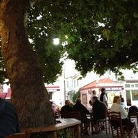 9/8/2012 tarihinde Ali Kemal I.ziyaretçi tarafından Çınaraltı Cafe'de çekilen fotoğraf