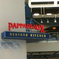 Photo taken at Pappadeaux Seafood Kitchen by Rick P. on 5/24/2012