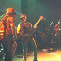 Foto scattata a Bluebird Theater da Wayne A. il 4/29/2012