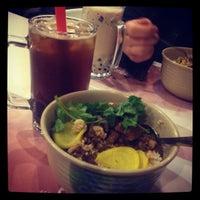 Photo taken at Bubble Republic Tea House 奶茶黨部 by AJ M. on 3/28/2012