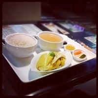 Photo taken at Tsui Wah Restaurant 翠華餐廳 by Stella K. on 6/23/2012