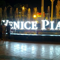 Photo taken at The Venice Piazza by Kadui C. on 6/11/2012