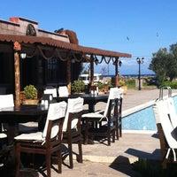 Foto diambil di Club Albena Otel oleh Tanyel Y. pada 4/22/2012