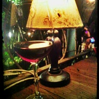 Foto tirada no(a) Constantino Café por Amandita R. em 4/19/2012