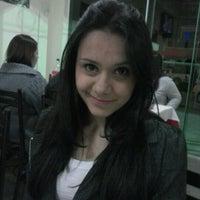 Photo taken at Pizzaria Fernandes by Leonardo T. on 6/22/2012