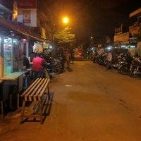 Photo taken at Sego Sambel Mak Yeye by arya w. on 3/30/2012