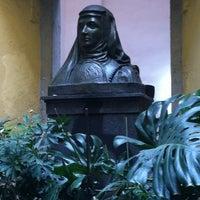 Foto tirada no(a) Sor Juana Café por Pamelito em 6/30/2012
