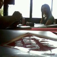 Foto tirada no(a) Up Turn Bar por Bruno G. em 3/21/2012