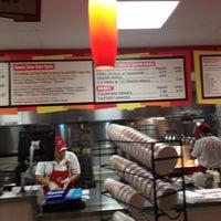 9/7/2012 tarihinde Jim F.ziyaretçi tarafından Z Burger'de çekilen fotoğraf