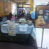 Photo taken at Gloria Jean's Coffees by Charly L. on 5/25/2012