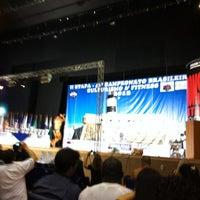 Photo taken at Auditório Yemanjá by Fábio Aiko H. on 8/13/2012