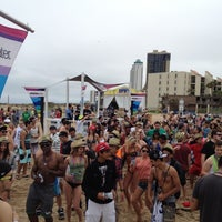 Photo taken at vitaminwater® spring break 2012 @ Coca-Cola Beach by chanelle f. on 3/11/2012