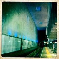 Photo taken at Metrolijn E (Den Haag Centraal) by Cees v. on 8/11/2012