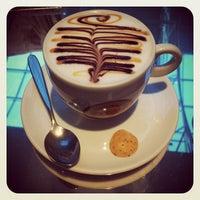 Foto tirada no(a) Café Feito a Grão por Danilo A. em 4/1/2012