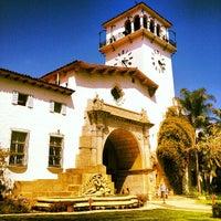 Foto tomada en Santa Barbara Courthouse por Erik F. el 7/3/2012