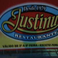 Photo taken at Justinus by Marcio S. on 2/12/2012