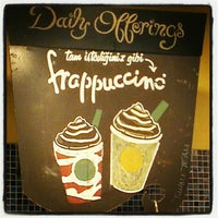 Das Foto wurde bei Starbucks von Furkan T. am 8/23/2012 aufgenommen