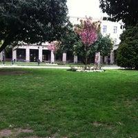 4/18/2012 tarihinde Ozge G.ziyaretçi tarafından Hukuk Fakültesi'de çekilen fotoğraf