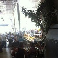 Foto tirada no(a) Restaurante Frangão por Leonardo F. em 2/5/2012