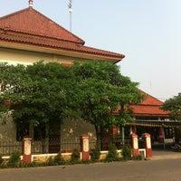 Photo taken at Kantor Kecamatan Cipondoh by Dhana Putra 龐. on 7/25/2012