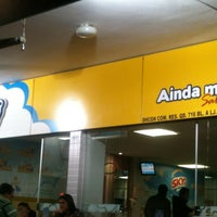 Foto tirada no(a) Sky's Burger por Débora C. em 8/3/2012