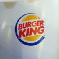 Foto tirada no(a) Burger King por Carlos A. em 7/8/2012