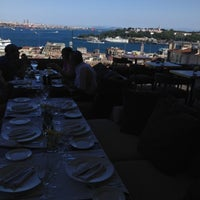 Photo taken at Georges Hotel by Tekin on 7/18/2012