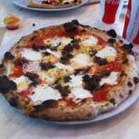 Photo taken at 800 Degrees Neapolitan Pizzeria by Jeff H. on 6/14/2012