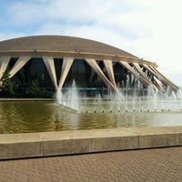 Photo taken at Norfolk Scope Arena by 2khwooL S. on 3/19/2012