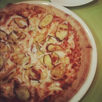 Photo taken at pizza pazzo by Da-eun J. on 3/22/2012