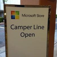 Foto tirada no(a) Microsoft Store por 'Johnson Rualo H. em 4/19/2012