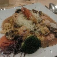 Foto tomada en Sol Restaurant por Felipe M. el 3/8/2012