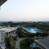 8/10/2012 tarihinde Mathias J.ziyaretçi tarafından Barut Lara Resort'de çekilen fotoğraf