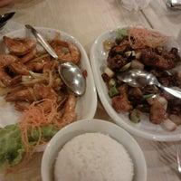 Photo taken at Rice-Bowl Family Restaurant by Bogem N. on 8/4/2012