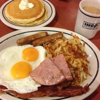 Photo taken at IHOP by kamse r. on 4/6/2012