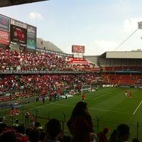 Foto tomada en Estadio Nemesio Diez por Roberto E. el 8/5/2012