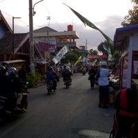 Photo taken at Kampoeng Ramadhan Jogokaryan by Mario A. on 8/11/2012